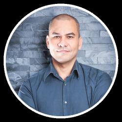 Michael Elia, muziektherapeut